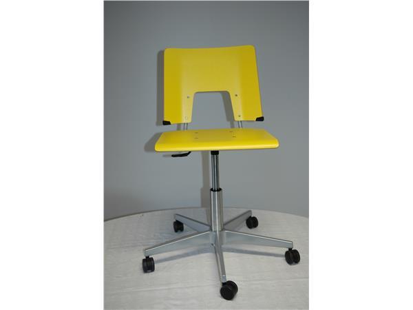 Stoel Met Wielen : Online bijzetstoel geel 5 wielen kopen bestellen